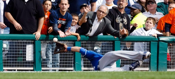 Catches like this one earned Gordon a 2nd consecutive Gold Glove.