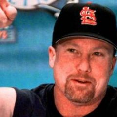 Mark McGwire's Hall of Fame votes should frame Roger Clemens and Barry Bonds debate
